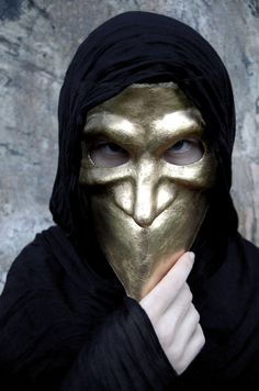 Made to Order- Masquerade Mask, Gold Bauta