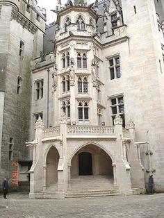 #Castle Chateau de Pierrefonds, France