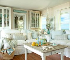 pretty beach style living rooms with touches of turquoise beach shabby chic furniture