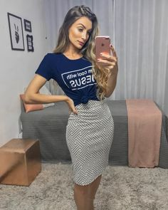 Image may contain: 1 person, standing and phone Classy Outfits, Casual Outfits, Cute Dresses, Casual Dresses, Modest Fashion, Fashion Outfits, Latest Fashion For Women, Womens Fashion, Pencil Skirt Outfits