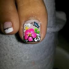 We all want beautiful but trendy nails, right? Here's a look at some beautiful nude nail art. Pedicure Designs, Pedicure Nail Art, Toe Nail Designs, Toe Nail Art, Cute Toe Nails, Fancy Nails, Trendy Nails, Diy Nails, Fabulous Nails