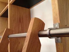 Møbelsnedkeri af møbler og inventar udføres i et tidløst design. Vi restaurere og renovere møbelklassikere og andre gode møbler. Carl Schneider har 25