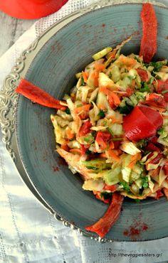 Politiki salad: an amazing greek vegan cabbage salad!