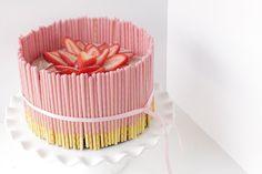 Strawberry Pocky Cake via @simplybakings