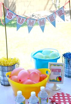 "End of School Summer Party Ideas: Splish Splash / Summer ""School's Out pool party"" Summer Pool Party, Water Party, Summer Birthday, Summer Parties, Holiday Parties, Fruit Party, Luau Party, Beach Party, End Of Year Party"