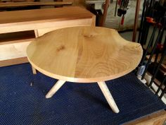 reed low  round table