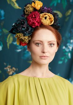 Rachel Trevor-Morgan is a couture milliner based in London's St James's. Winter 2017, Fall Winter, Autumn, Fascinator, Headpiece, Rachel Trevor Morgan, Floral Headdress, Saint James, Futurism