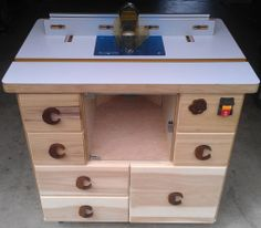 This is hot! Router Table built by Coogan's Workshop using the Kreg Jig K4 Master System