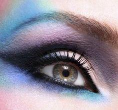 Cómo mezclar tus sombras de ojos como una profesional - IMujer