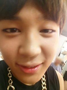 I love you park jimin 😘😘 Namjoon, Hoseok, Seokjin, Bts Jimin, Bts Bangtan Boy, Jimin Hot, Bts Taehyung, Yoonmin, Boy Scouts