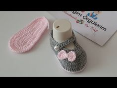 Crochet Bebe, Crochet Baby Shoes, Knitting For Kids, Crochet For Kids, Baby Girl Patterns, Crochet Tablecloth, Baby Girl Shoes, Free Baby Stuff, Baby Bows