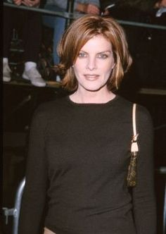 Rene Russo at an event for The Adventures of Rocky & Bullwinkle Layered Haircuts For Medium Hair, Shaggy Bob Hairstyles, Medium Short Hair, Short Hair With Layers, Medium Hair Cuts, Short Hair Cuts, Medium Hair Styles, Short Hair Styles, Haircut Medium