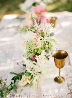 Floral Runner Table Centerpiece with Gold Goblet #camillestyles #romantic