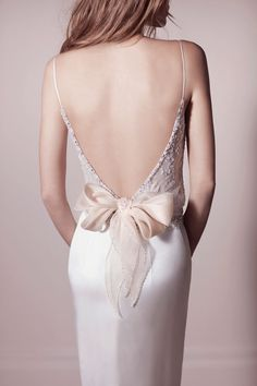 Tendencias 2014: vestidos con detalles en la espalda - Moda - NUPCIAS Magazine