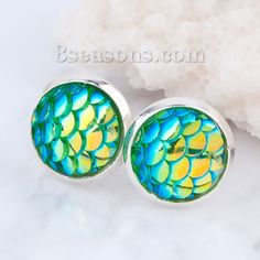 """Wholesale - New Fashion Copper Earrings Ear Studs Round Silver Plated Green AB Color Resin Mermaid Fish /Dragon Scale Cabochon W/ Stoppers 15mm( 5/8"""") x 12mm( 4/8""""), 1 Pair"""