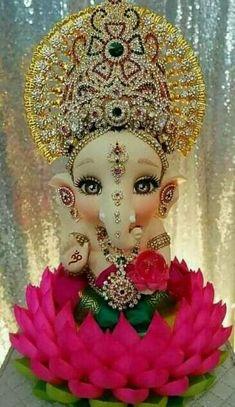 Shri Ganesh Images, Shiva Parvati Images, Ganesha Pictures, Ganesh Chaturthi Decoration, Happy Ganesh Chaturthi Images, Ganesh Lord, Jai Ganesh, Shree Ganesh, Ganpati Bappa Photo