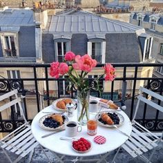 Sunday brunch......in Paris