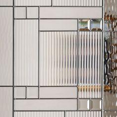 Chic Glass Partition Design Ideas For Your Living Room Office Interior Design, Office Interiors, Home Interior, Interior Design Living Room, Glass Partition Designs, Glass Design, Screen Design, Door Design, Casa Art Deco
