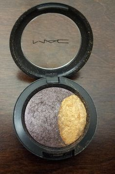 MAC Mineralize Eyeshadow Duo -- Midnight Madness. slight dip in the gold shadow. Discontinued. $10