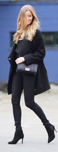 All In Black Winter Outfit