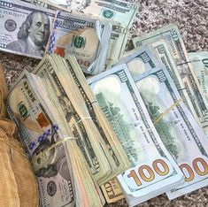 Money On My Mind, Make Money Today, Make Easy Money, Easy Money Online, Online Income, Money Generator, Money Pictures, Money Cant Buy Happiness, Money Stacks