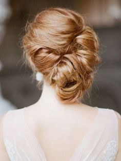 Wedding Hairstyles - 10 All New Elegant Bridal Up Dos for Winter Brides | weddingsonline