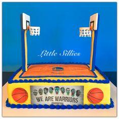A Golden State Warriors basketball court cake!