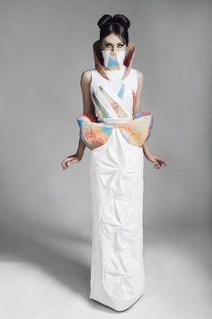 """'Outfit' de la colección """"Los nagualijes"""", realizado por CIME MODA, y presentado en la edición 2014 de Tokyo Designers Week."""