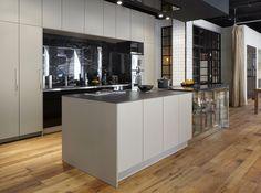 Siematic Designer-Küche in Kombination mit Fussboden Holz. Optisch ähnlich Marazzi Treverkhome Larice. #Treverkhome #Marazzi