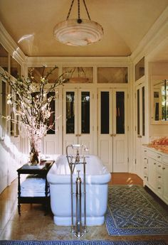 Master bathroom by Michael S. Smith. Elle Decor.