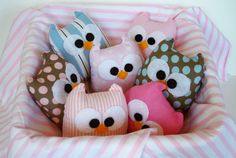 some sweet owl friends to brighten a room... from LilyRoseCraft at Etsy