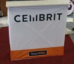 Hopup pöytä Cembrit Kysy hintaa: http://www.liikelahja-toimisto.fi/fi/messupoyta/20574/Messup%C3%B6yt%C3%A4+Hop+Up-STKONVH.html