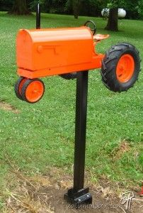 Allis Chalmers Mailbox<3 LOVE IT<3!! My Grandpa would have loved this if he was still here