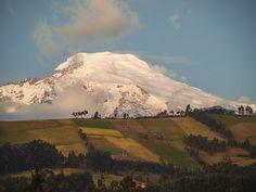 Vagacosmos, Ecuador, Cochasquí, vista del nevado Cayambe.
