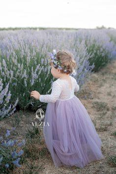 Dusty Purple Bridesmaid Dresses, Lavender Flower Girl Dress, Purple Flower Girls, Light Purple Flowers, Junior Bridesmaids, Little Girl Dresses, Girls Dresses, Vintage Flower Girl Dresses, Baby Dresses