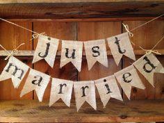Just Married Burlap Bunting, Wedding Bunting, Wedding Banner, Wedding Photo Prop