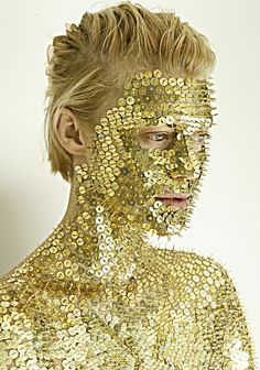 golden pushpins - Repin by  http://TommyAndersson.com Please Re-pin, Like, Comment or Follow! #TommyAndersson
