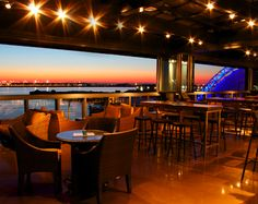 Drinks With a View: 13 Rooftop Bars in Boston to Take in the Summer Sun | BostInno