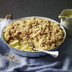 Nigel Slater's crumble balances tart Bramley apples with a topping that's made extra crunchy by demerara sugar and oats (use gf flour) Apple Recipes, Baby Food Recipes, Fall Recipes, Dessert Recipes, Cooking Recipes, Healthy Recipes, Kabob Recipes, Dessert Ideas, Drink Recipes