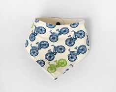 This bib is designed to get your little ones through the teething/drooling stage by keeping their outfits dry while looking stylish. Made of 100%
