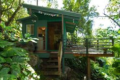 Sunset Beach Treehouse Bungalow HI / The Green Life <3