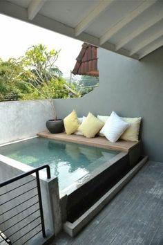 petite piscine hors sol, extérieurs jolis
