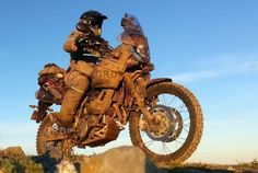 Muddy 660 Yamaha Tenere Trail Motorcycle, Enduro Motorcycle, Motorcycle Travel, Motorcycle Style, Motorcycle Adventure, Yamaha Xt 660, Rallye Paris Dakar, Expedition Vehicle, Adventure Tours
