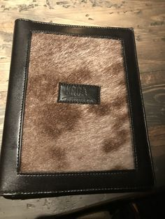 Card Holder, Wallet, Cards, Rolodex, Maps, Playing Cards, Purses, Diy Wallet, Purse