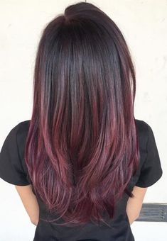 50 Ombre Hairstyles for Women - Ombre Hair Color Ideas 2019 . Hair Color Ideas hair color ideas for women Red Violet Hair, Violet Hair Colors, Plum Hair, Ombre Hair Color, Cool Hair Color, Violet Ombre, Hair Colour, Gold Hair, Balayage Violet