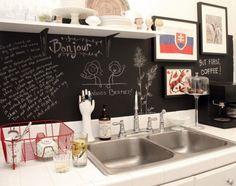 keuken   Achterwand voor de keuken met schoolbordverf. Door Lnova