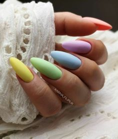 Nail art Christmas - the festive spirit on the nails. Over 70 creative ideas and tutorials - My Nails Summer Acrylic Nails, Best Acrylic Nails, Pastel Nails, Yellow Nails, Summer Nails, Cute Nails, Pretty Nails, Hair And Nails, My Nails