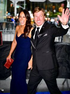 Your Jaw Will Drop After Seeing These Rare Red Carpet Photos of Chip and Joanna Gaines - Chip and Joanna Gaines Looked Amazing in Rare Red Carpet Appearance - Estilo Joanna Gaines, Chip Und Joanna Gaines, Joanna Gaines Kitchen, Joanna Gaines House, Joanna Gaines Farmhouse, Joanna Gaines Style, Chip Gaines, Gaines Fixer Upper, Fixer Upper Joanna