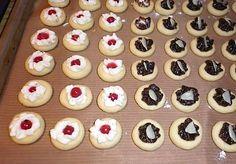 Czech Recipes, Russian Recipes, Christmas Goodies, Christmas Baking, Mini Cupcakes, Tiramisu, Cake Recipes, Food And Drink, Sweets