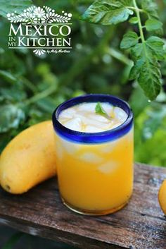 Mango Agua Fresca -What to do with all those mangos? You can prepare a Mango Agua Fresca! Mangos, water, ice cubes and sugar make the perfect summer drink for your family. Infused Water Recipes, Fruit Infused Water, Fruit Water, Water Water, Fruit Drinks, Yummy Drinks, Healthy Drinks, Beverages, Fresca Drinks